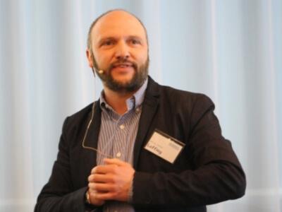 ORGAKOM-Dozenten Prof. Dr. Christian Loffing